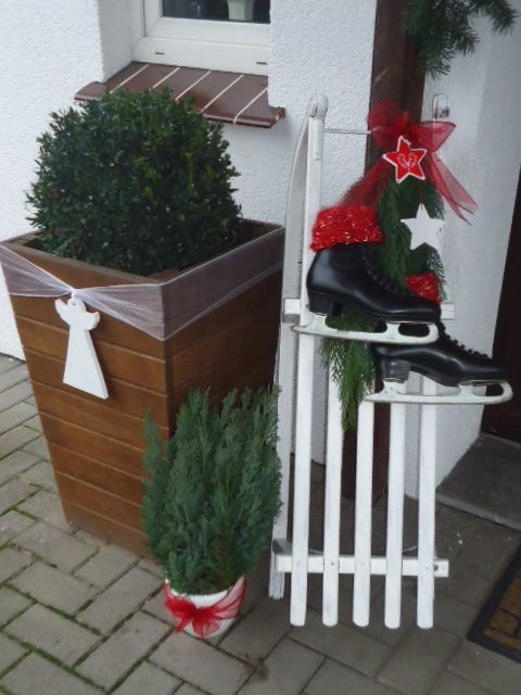 Christmas decor front door ice skate sledge