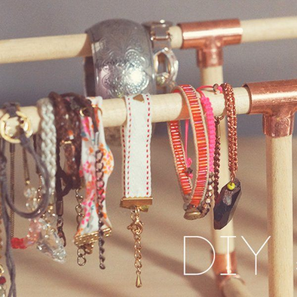 Porte bracelets // jewlery holder
