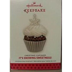 It's Snowing Sweetness! 2013 Hallmark Christmas Cupcake Ornament