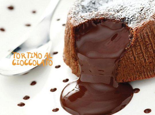 """Stufi delle ricette incomprensibili? """"Pas de problème"""" 1 Minute Cooking sbarca in Italia e cucinare diventa """"easy"""". Oggi con il tortino al cioccolato"""