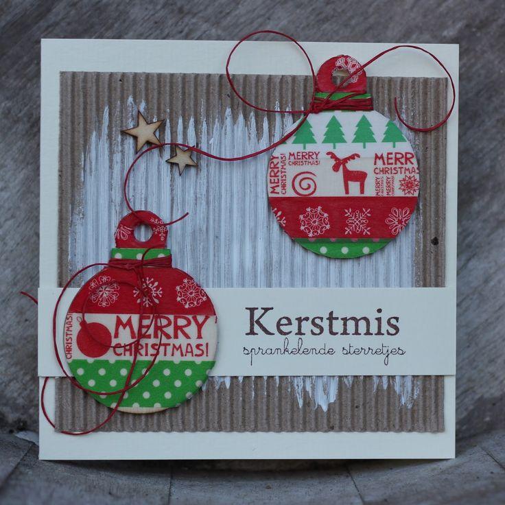 Ook deze bij Anneke gezien,   en nagemaakt!!!   http://somefiddlingonthekitchentable.blogspot.com                 houten kerstballen gebrui...
