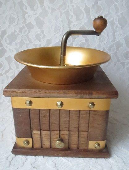 Vintage Wood Manual Coffee Grinder, Rustic Kitchen Tool