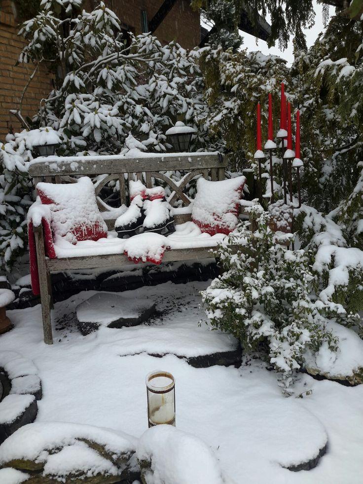 gartenbank weihnachtlich dekoriert meine gartenbank und. Black Bedroom Furniture Sets. Home Design Ideas