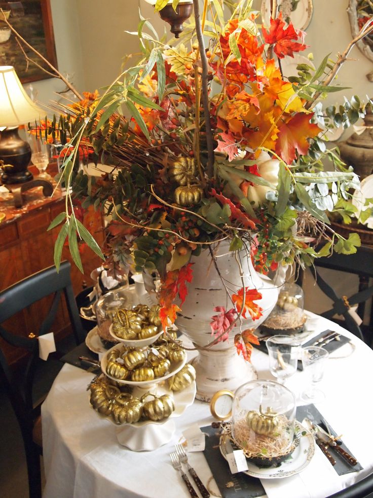 Decorating For A Thanksgiving Banquet Stay Centered