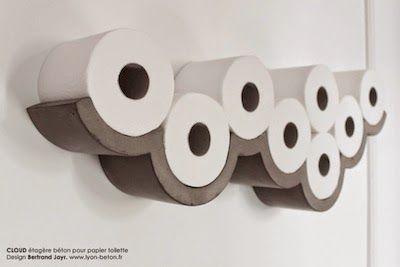 """-     Un objet en béton très design.   Humour et légèreté pour ce """"cloud"""" qui supporte vos rouleaux qu'il n'est nul besoin de cacher: l'obje..."""