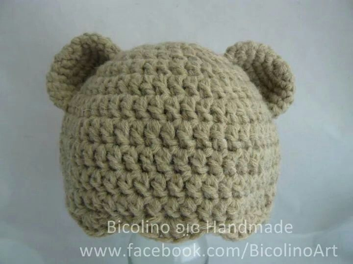 Baby bear crochet hat