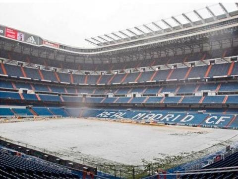 Snow, Estadio Santiago Bernabéu.