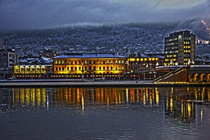 #Drammenselva kveldsfoto i #HDR modus.