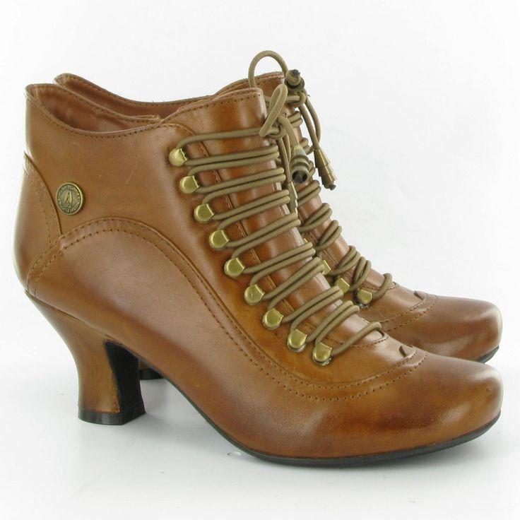 women-BOOTS-TAN1.jpg