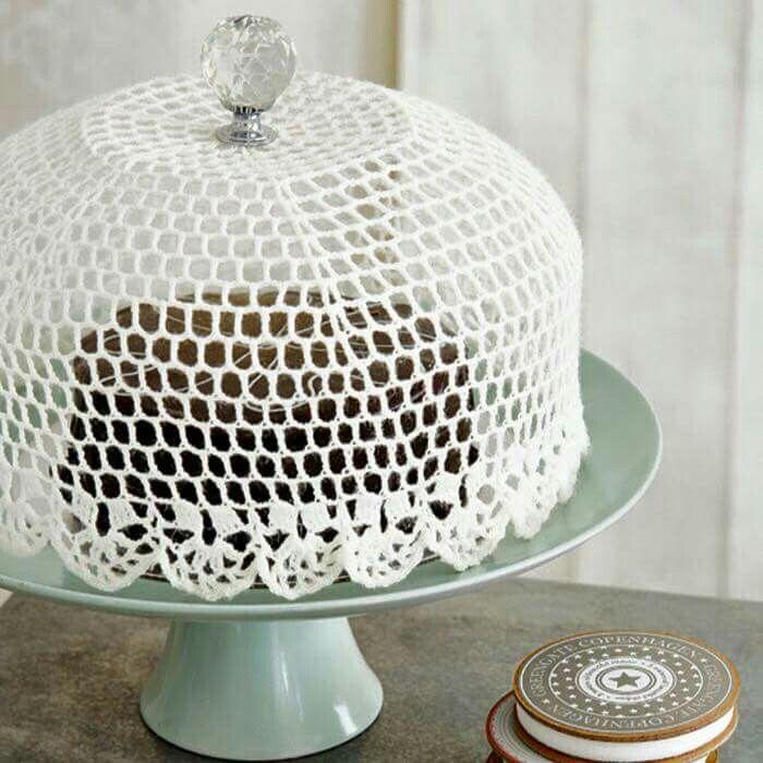 Love this doily idea! Shape over a bowl & add fabric stiffener to use as a pretty cake cover! Photo via Poppytalk.