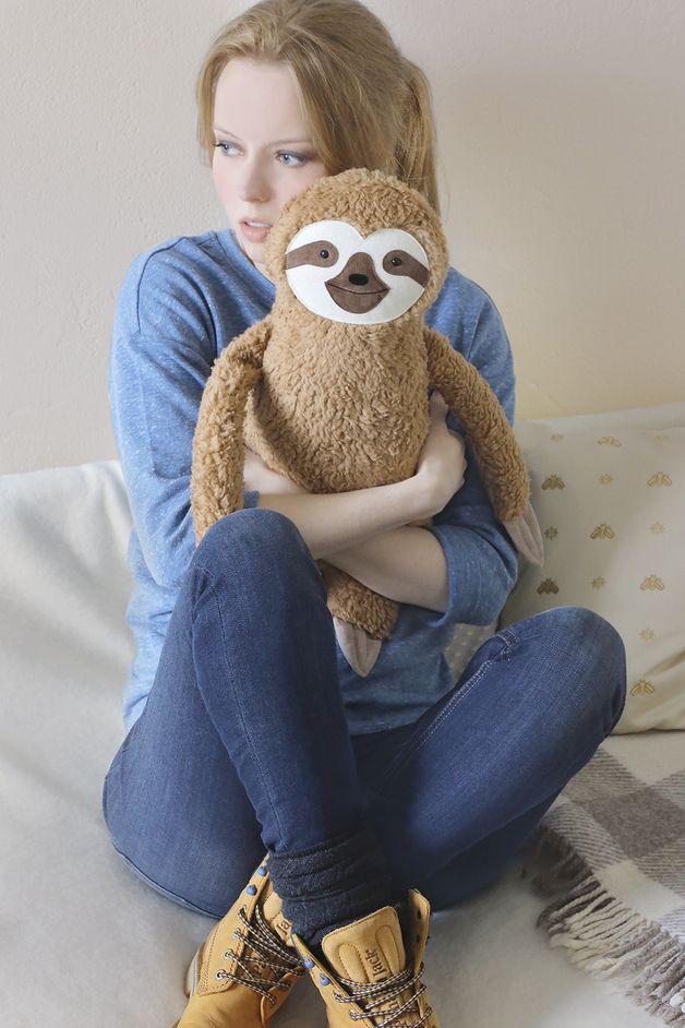 Kissen - Wärmflasche Faultier (XL BEZUG) - ein Designerstück von Petiti_Panda bei DaWanda