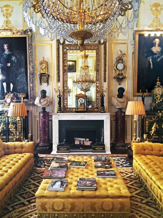 Robert Zellinger de Balkany's Hôtel de Feuquière, Rue de Varenne, Paris. The house is divided between reception rooms and more intimism private apartments decorated by Henri Samuel & others. This beautiful ensemble is a subtle mix of paintings by great English and Italian masters, exceptional European furniture and timepieces, works of art, books, silver, fabrics and malachite objets d'Art.