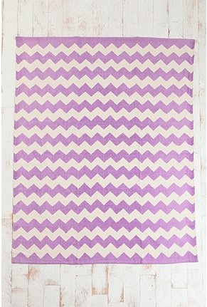 Urban Outfitters chevron dhurrie