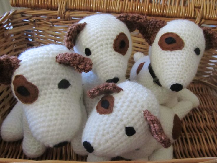 Free Knitting Pattern Jack Russell Dog : 98 best images about amigurumi on Pinterest Free pattern ...