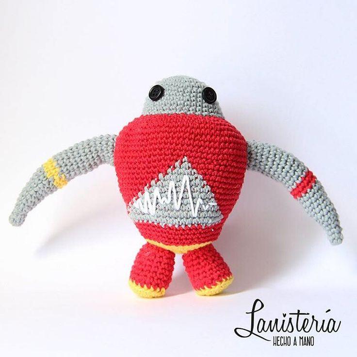 Cutter, el robot cortador, versión rojo.
