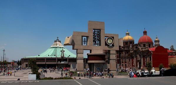 La Villa de la Basílica de María de Guadalupe en la Ciudad de México.