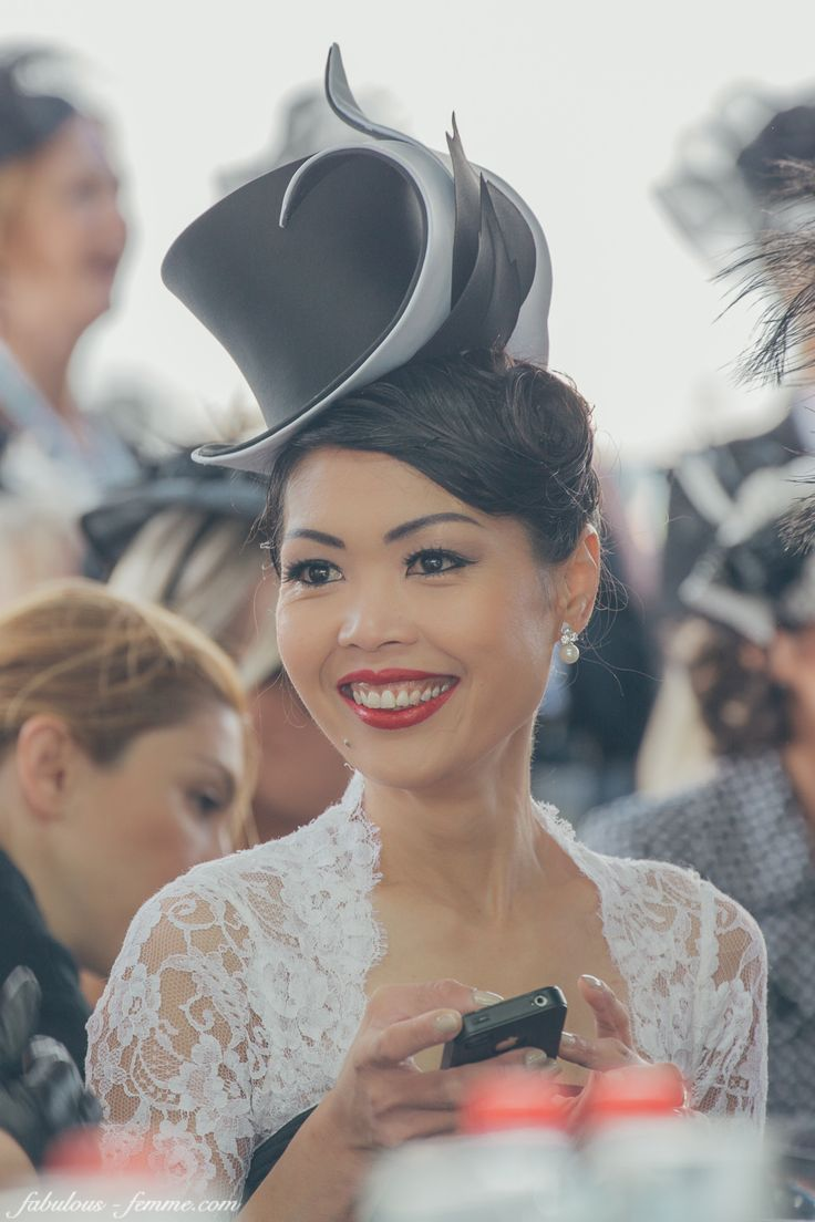 Derby Day 2014 - Elis Crewes, wearing Mandy Murphy Millinery http://websta.me/n/eliscrewes
