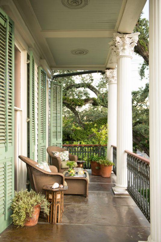 Southern Front Porches: Take a Load Off