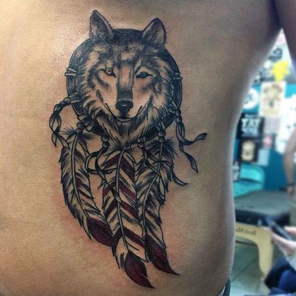 110 Auffallend Wolf Tattoo Designs Mit Bedeutung Tattoos For Guys Wolf Dreamcatcher Tattoo Dream Catcher Tattoo