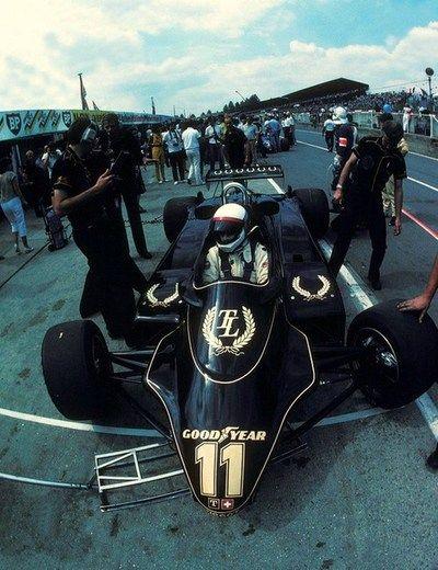 Elio de Angelis Lotus - Ford 1982