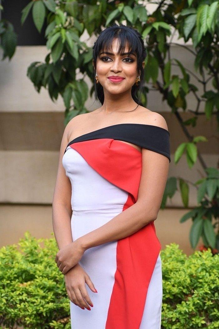 Actress Amala Paul Latest Photo Albums