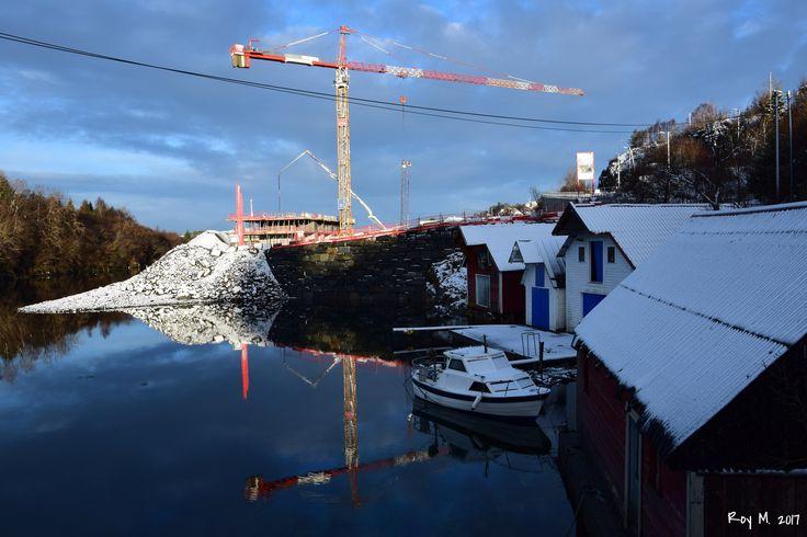 https://flic.kr/p/PW8i1U | Sjøfront | DSC_0518