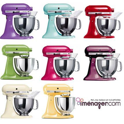 SPLASHDUCK discovering and sharing cute cupcake decorating ideas and related websites, NO AFFILIATION with these products, just sharing.  KitchenAid