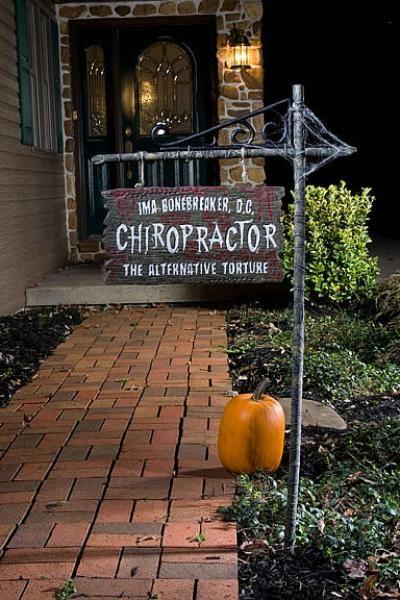Halloween Chiropractic Sign