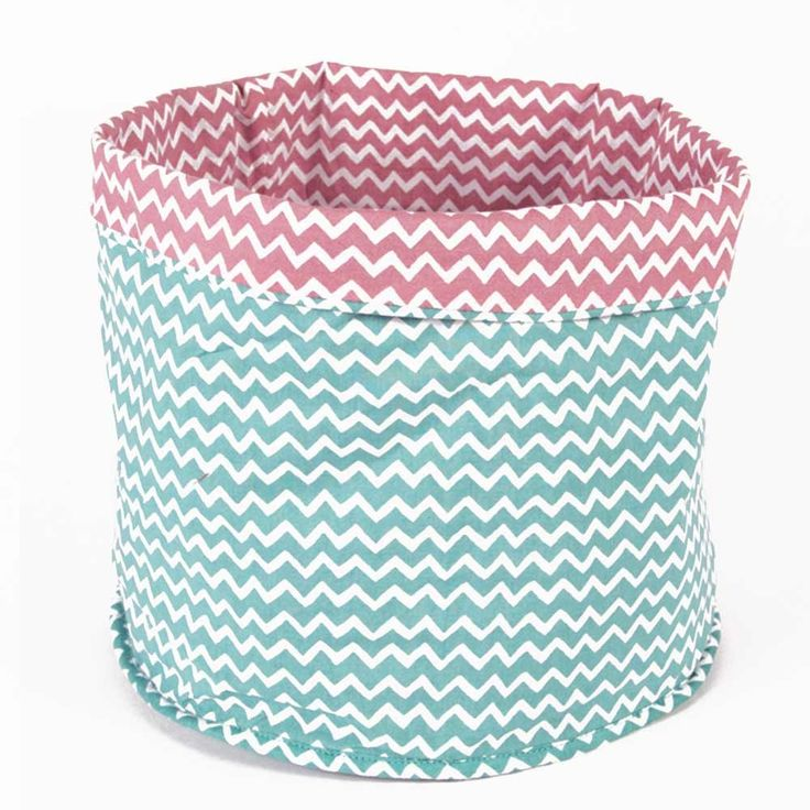 17 meilleures id es propos de bacs de rangement en tissu. Black Bedroom Furniture Sets. Home Design Ideas