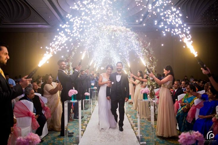 indoor fireworks for a grand wedding | Dinesh-Karthik-Dipika-Pallikal-celebrity-wedding-Rakesh-Prakash-Photography