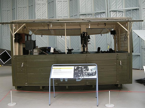 RFC Mobile Workshop on 3 ton Leyland Lorry - 1915, via Flickr.: Photo