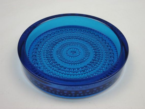 Nuutajarvi 'Kastehelmi' blue glass bowl by Oiva Toikka