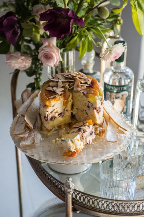 WELL MANNERED | Photographs: Adel Ferreira | Food Styling and Recipes: Maranda Engelbrecht | Production: Ilana Swanepoel | Floral Design: The Holloway Shop | Location: Babylonstoren #DecoEat #Festive #Entertaining #Decorating #Recipes #CheeseCake #Preserves #ToastedCoconut #HomeCooking #SlowLiving #FoodStyling