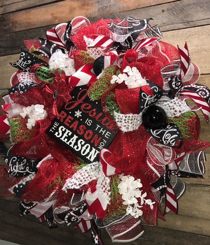 Jesus is the Reason for the Season, Holiday Wreath, Christmas Wreath, Christmas Decorative Wreath, Christmas Deco Mesh Wreath, Holiday Door Wreath, Christmas Home Décor, Christmas Gift