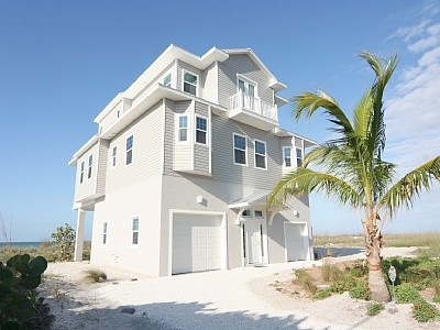 1000 Ideas About Florida Beach House Rentals On Pinterest