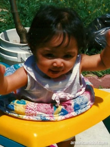 Jessica Sanchez was definitely a happy little girl! Check out that smile.