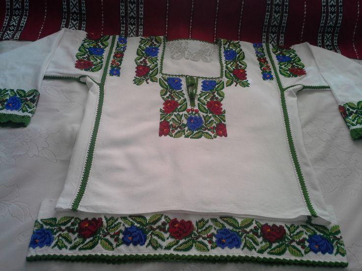 Costum Popular Bucovina, dama (camasa+poale)