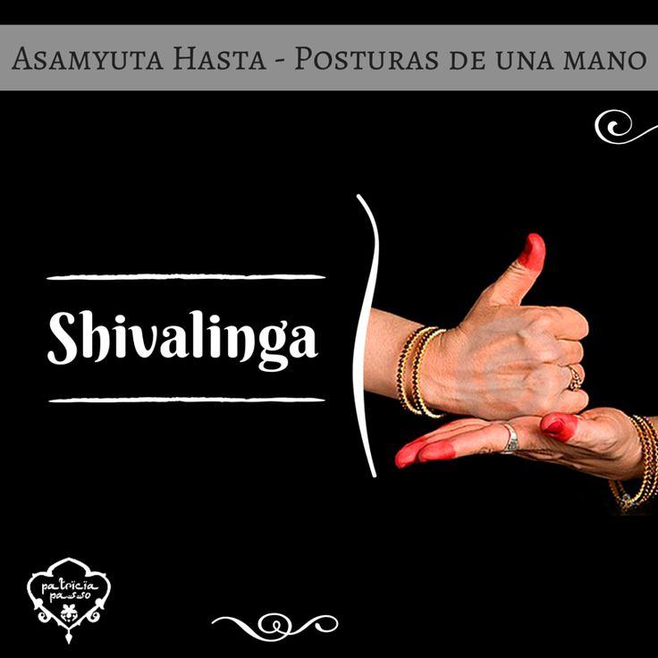 Muda Shivalinga. ¡Símbolo de Shiva! Este mudra hace alusión a la energía creativa y la potencia creadora de Shiva, por lo que tiene mucha fuerza. Que no caigan los codos al practicarlo!  #AprendiendoMudras