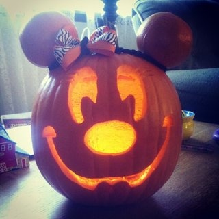 How cute is this carved pumpkin?  Thanks to YouNews contributor Mkpolosky12.