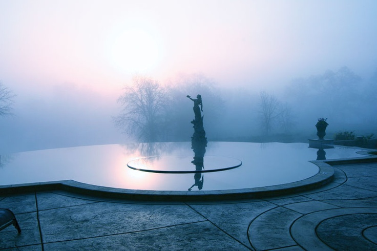 34 best ideas about infinity pools vanishing edges on for Pool design polen