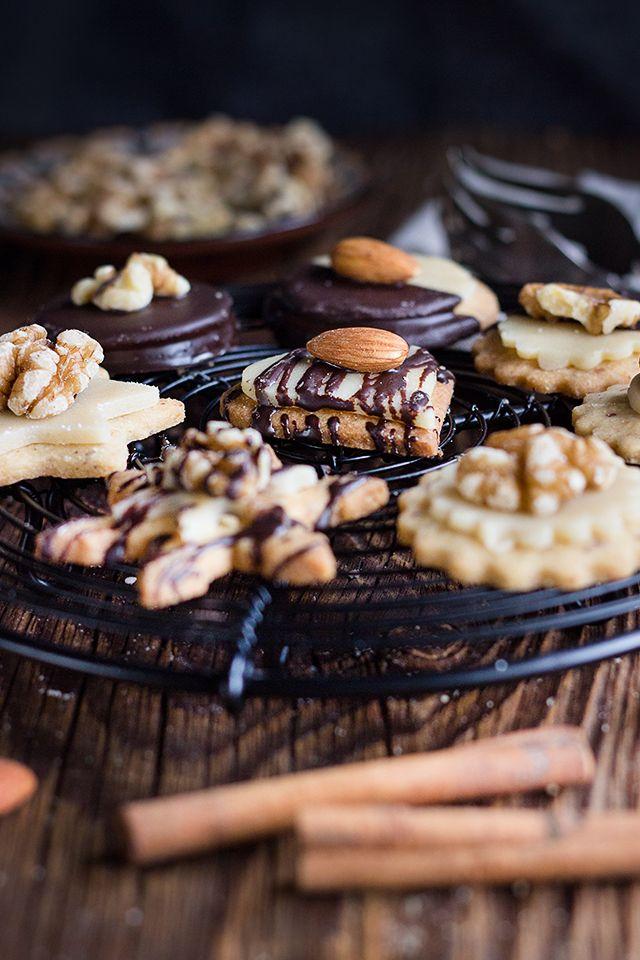 Nut Marzipan Cookies // Nuss-Marzipan-Plätzchen
