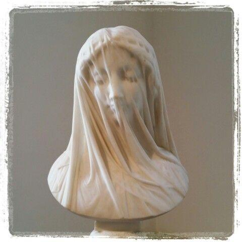 Luigi Guglielmi (Rome 1834 - 1907) Femme voilée (marbre de ...