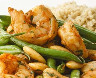 Paprika Shrimp & Green Bean Saute. green beans, evoo, garlic, paprika, shrimp, butter beans or cannellini beans, red wine vinegar, parsley