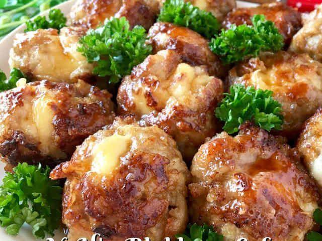 食べ過ぎ注意♡チーズ溢れ出す豚コマボールの画像