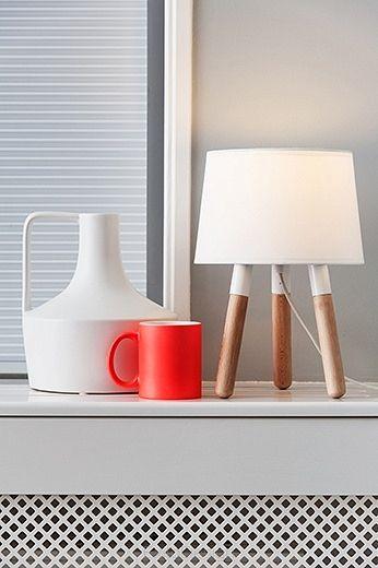 Lampa stołowa Orbit wood, light grey by Leitmotiv - Nowoczesne akcesoria domowe - ExitoDesign