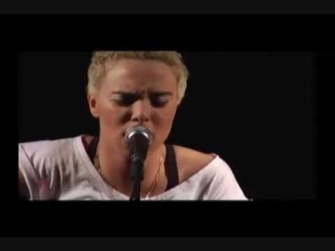 Maria Gadu - Shimbalaiê #music