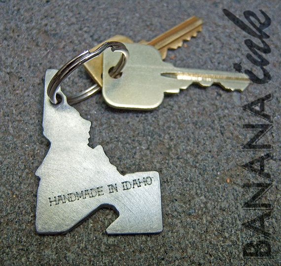the 25 best bottle opener keychain ideas on pinterest personalised gifts 21st for him. Black Bedroom Furniture Sets. Home Design Ideas