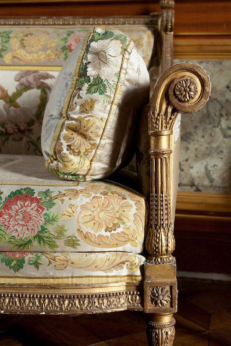 Town and Country  Find this Pin and more on 18th century furniture. 405 best 18th century furniture images on Pinterest   18th century