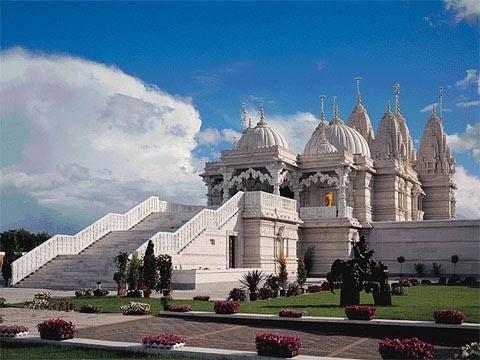 Het gebedshuis van de hindoes heet ene Mandir | Gebeds ...