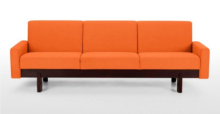 Hoye, un canapé 3 places orange brûlée | made.com